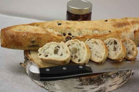 Baguette olives noires-Boulangerie du lac