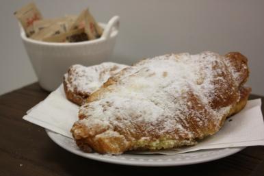 Croissant amandes-Boulangerie du lac